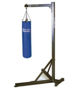 Best rating heavy bag stand for kicking and boxing